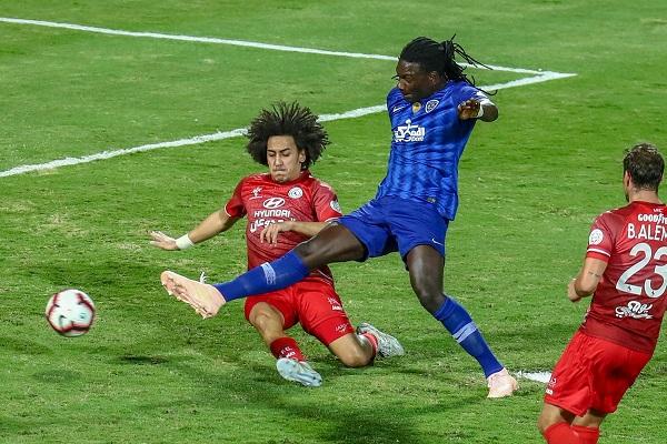 الفوز الثامن تواليا للهلال في الدوري السعودي منذ مطلع الموسم