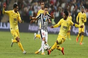 الجزيرة يضيق الخناق على الشارقة في الدوري الإماراتي
