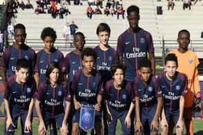 باريس سان جرمان يحقق في تصنيفات عرقية للاعبين الشبان