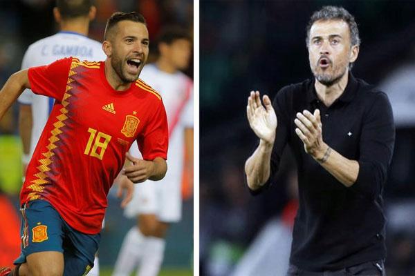 أعاد مدرب المنتخب الإسباني لويس أنريكي الخميس استدعاء الظهير الأيسر لبرشلونة جوردي ألبا للمرة الأولى منذ تعيينه مدربا