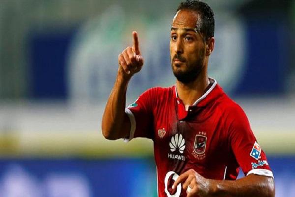 لاعب الأهلي وليد سليمان يعلن اعتزاله اللعب دوليا