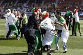 اصابة 40 شخصا في أحداث عنف خلال مباراة كرة قدم بالجزائر