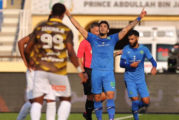 فوز كاسح للفتح على أحد في الدوري السعودي
