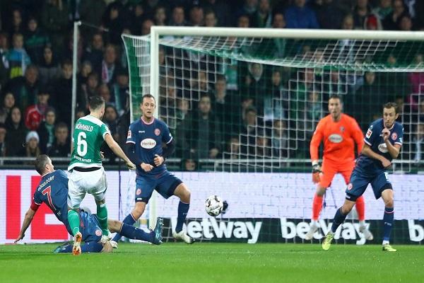 فيردر بريمن يستعيد نغمة الانتصارات في الدوري الألماني