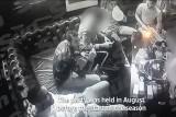 تصوير بعض لاعبي أرسنال وهم يستنشقون غاز الضحك