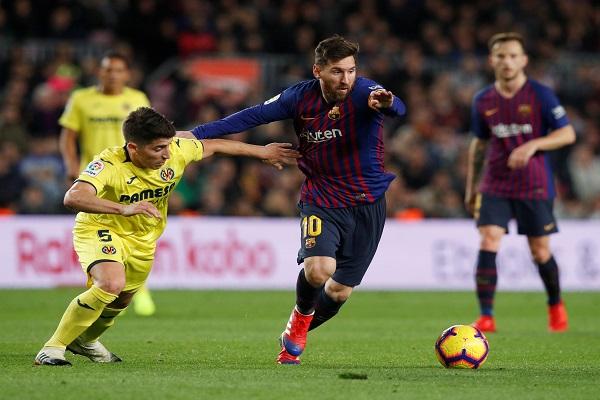 برشلونة يتصدر