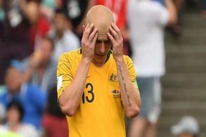 مدرب أستراليا يريد التأكد من إصابة موي