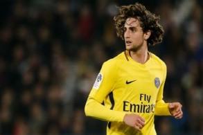 برشلونة يرفض التعليق على احتمال ضم رابيو من سان جرمان
