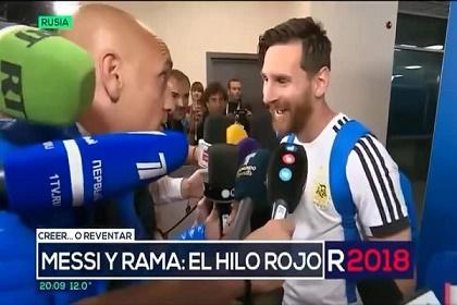 ميسي يحقق حلم صحفي أرجنتيني
