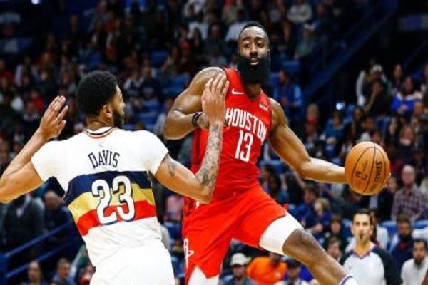هاردن يحسم إحدى أكثر المباريات إثارة في دوري السلة الأميركي