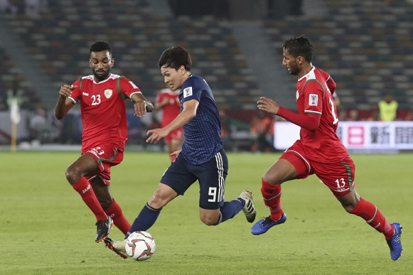 اليابان إلى دور الـ16 بفوز جدلي على عمان