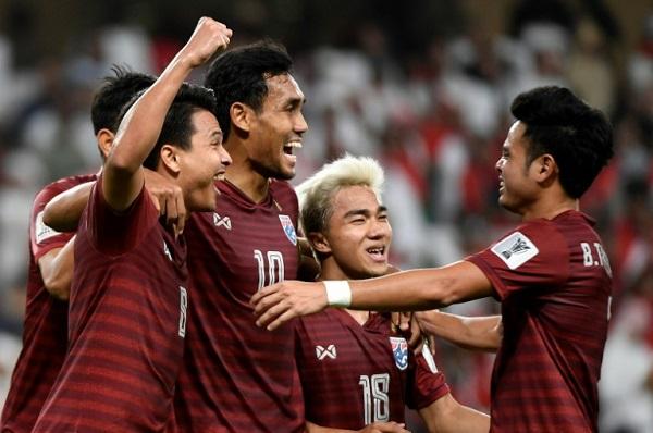 يأمل لاعبو المنتخب التايلاندي في مواصلة مسيرتهم الدرامية في كأس آسيا 2019 ببلوغ ربع النهائي.