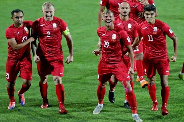 سجل لوكس ثلاثية غير متوقعة لقرغيزستان في دور المجموعات لكأس اسيا 2019