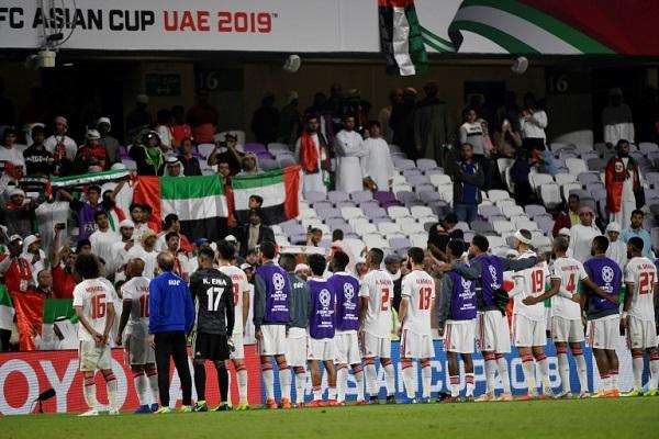 يجد المنتخب الإماراتي لكرة القدم نفسه أمام تحدي تقديم أداء يرضي مشجعيه في كأس آسيا 2019.