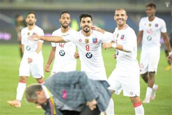 الكويت يهزم القادسية ويتوج بلقب كأس ولي العهد للمرة السابعة