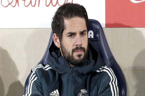 إيسكو يشكو عدم منحه الفرص الكافية مع ريال مدريد