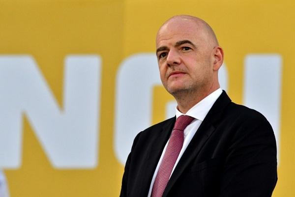 رئيس الاتحاد الدولي لكرة القدم السويسري جاني انفانتينو