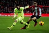 برشلونة يواصل نزيف النقاط وسيتي يتصدر بسداسية ضد تشلسي