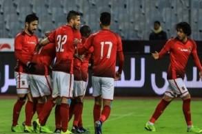 الأهلي يتخطى الانتاج الحربي بصعوبة في الدوري المصري