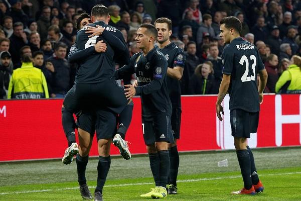 ريال مدريد يعود بفوز صعب من أرض أياكس أمستردام