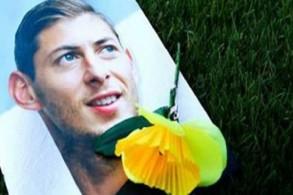 وصول جثمان إيميليانو سالا إلى الأرجنتين