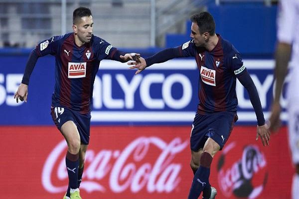 خيتافي يفرط في فوز ثمين خارج القواعد في الدوري الإسباني