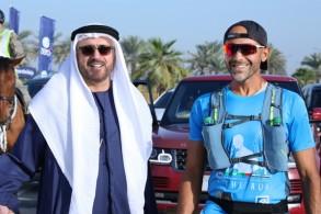 إماراتي يواصل الجري لمسافة 2070 كم من أبوظبي لمكة