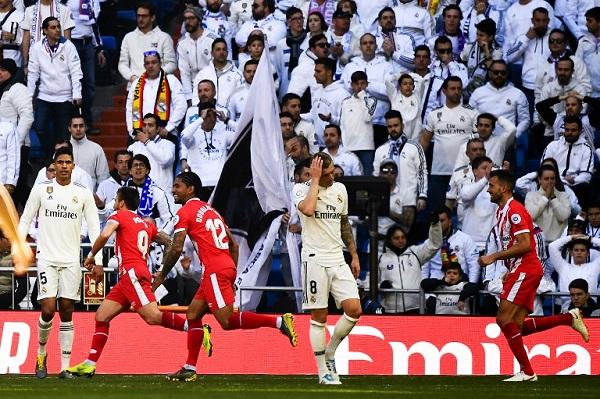 جيرونا يفاجئ ريال ويسدي خدمة لبرشلونة