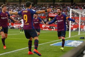 ميسي ينقذ برشلونة من الخسارة أمام إشبيلية