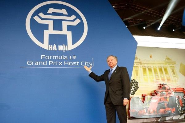 رئيس الاتحاد الدولي للسيارات (فيا) جان تود خلال حفل إطلاق سباق جائزة فيتنام الكبرى