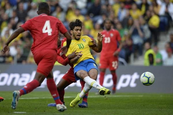 تعادل مخيب للبرازيل مع بنما في مباراة ودية