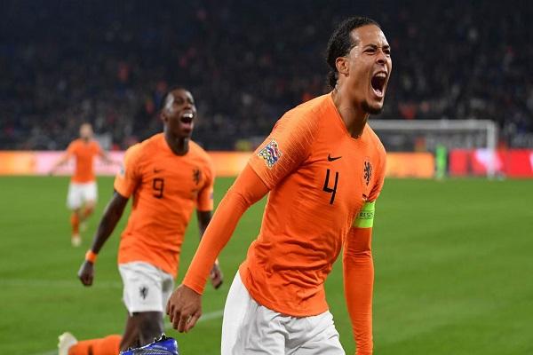 هولندا تبدأ رحلة استعادة مكانتها بين الكبار