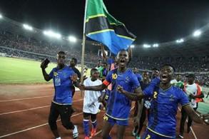 الرئيس التنزاني يكافئ لاعبي المنتخب بأراض للبناء