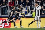 أياكس يطيح بيوفنتوس وبرشلونة يجدد فوزه على مانشستر يونايتد