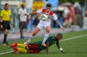 من مباراة المغرب والكاميرون بنهائيات أفريقيا للأمم للفتيان بتنزانيا
