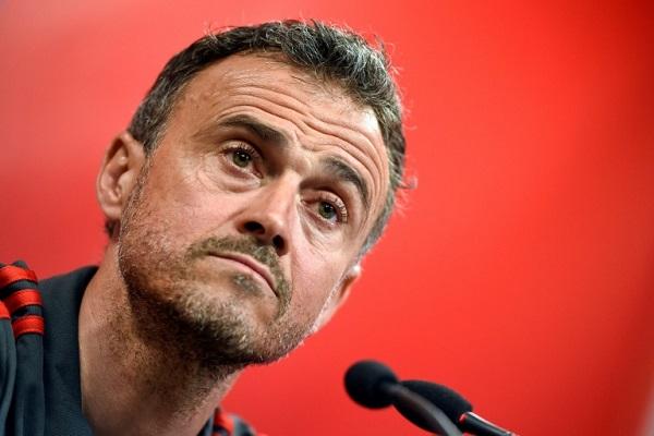 مدرب اسبانيا لويس إنريكي خلال مؤتمر صحافي في فالنسيا في 22 آذار/مارس 2019.