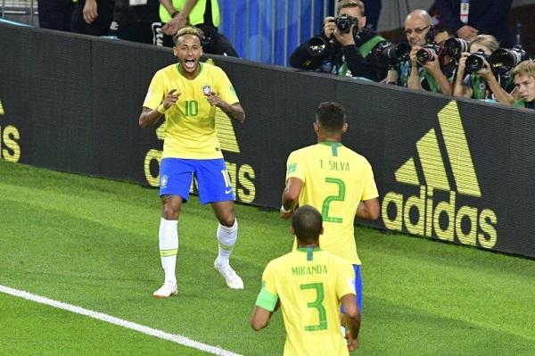 تيتي يختار تياغو سيلفا ونيمار ضمن تشكيلة البرازيل لكوبا أميركا