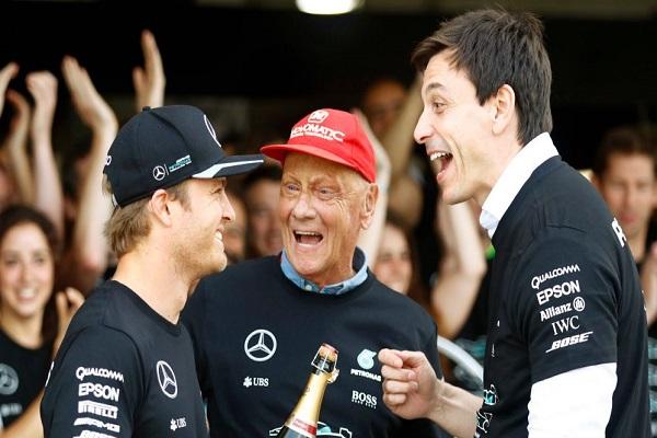 وفاة بطل العالم السابق للفورمولا واحد النمسوي نيكي لاودا