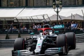 البريطاني لويس هاميلتون سائق مرسيدس خلال التجارب الرسمية لسباق جائزة موناكو الكبرى في 25 ايار/مايو 2019. ا ف ب
