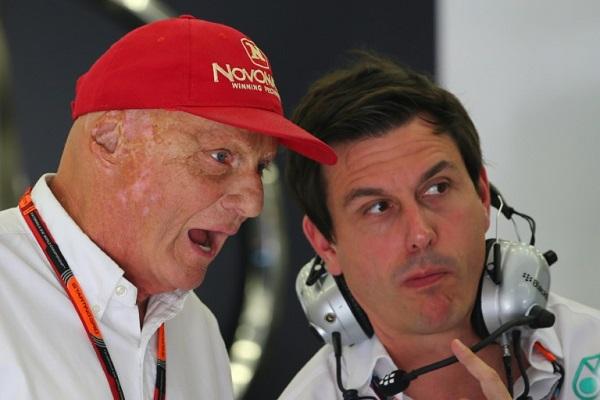 بطل العالم السابق للفورمولا واحد النمسوي نيكي لاودا