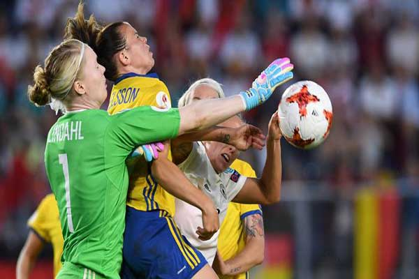 تنطلق الجمعة منافسات كأس العالم لكرة القدم للنساء
