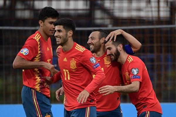 حققت إسبانيا فوزها الثالث تواليا على حساب مضيفتها جزر فارو