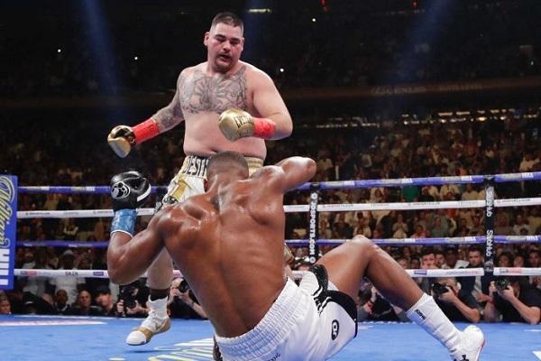 رويز يهزم جوشوا في مفاجأة من الوزن الثقيل