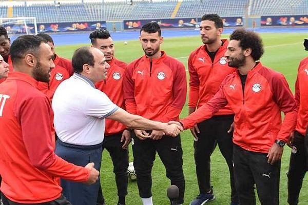 السيسي يتابع استعدادات المنتخب المصري لبطولة أمم أفريقيا