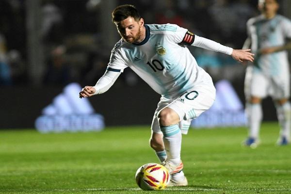 لا يزال ليونيل ميسي يبحث عن أول ألقابه الكبرى مع المنتخب الأرجنتيني.