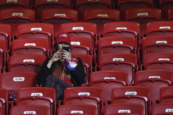 أربع مباريات من اصل ست مباريات ، قد سجلت حضوراً جماهيرياً اقل من 40% من سعة الملعب