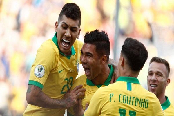 البرازيل تكتسح البيرو وترافق فنزويلا إلى ربع النهائي
