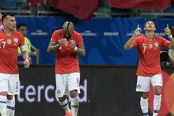 سجل أليكسيس سانشيز هدفا جميلا منح تشيلي حاملة اللقب فوزها الثاني في بطولة كوبا أميركا