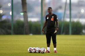 الهولندي كلارنس سيدورف يشرف على تدريب منتخب الكاميرون في الاسماعيلية في 23 حزيران/يونيو 2019.