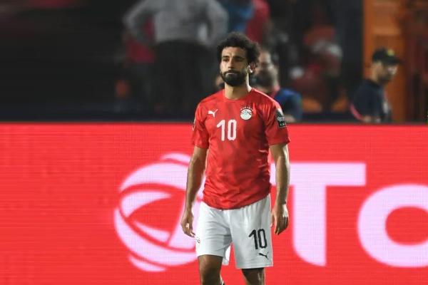 أعرب النجم محمد صلاح عن حزنه للخروج المبكر للمنتخب المصري من نهائيات كأس الأمم الإفريقية